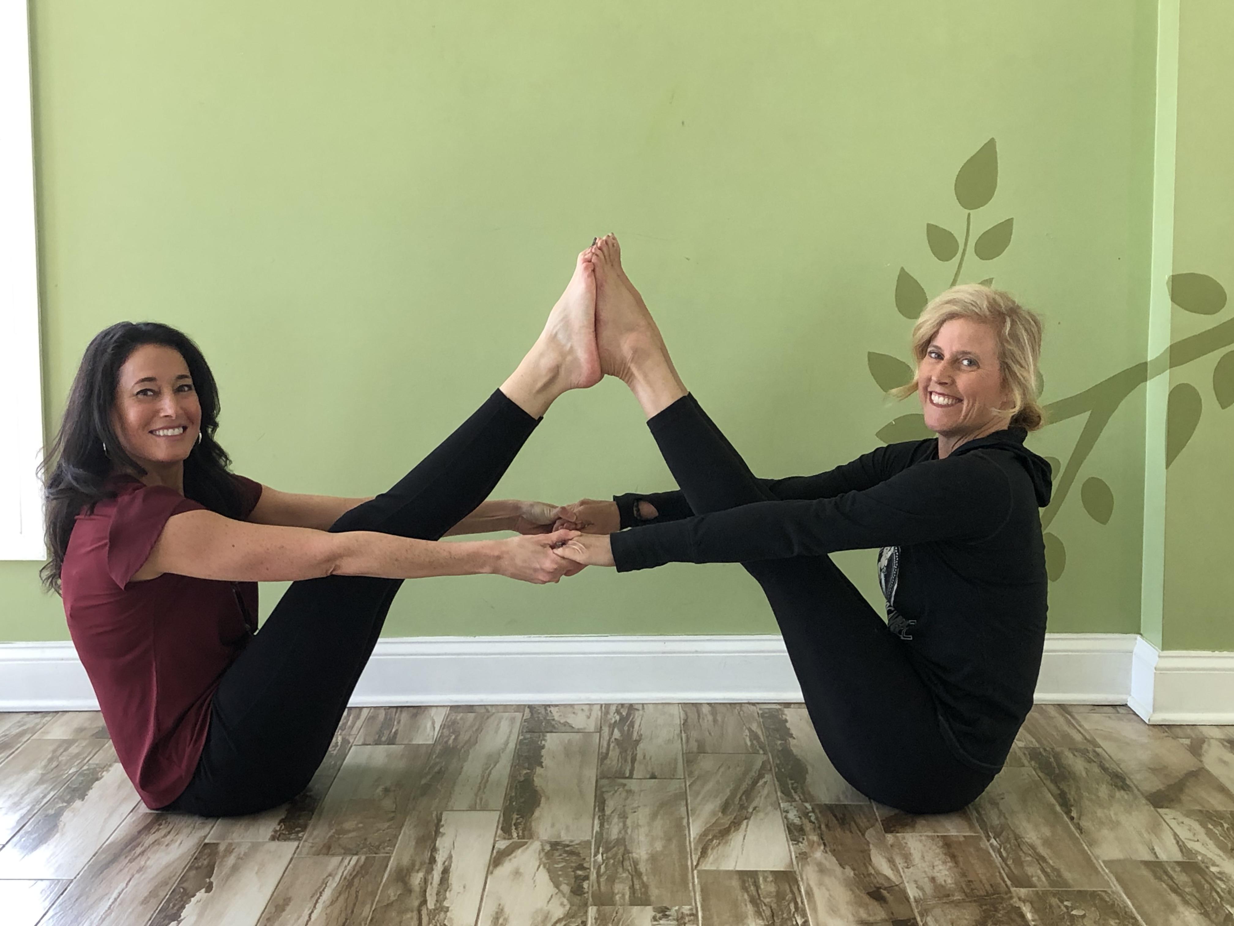 Rachel Frentsos with Kate Grove YogaVibez
