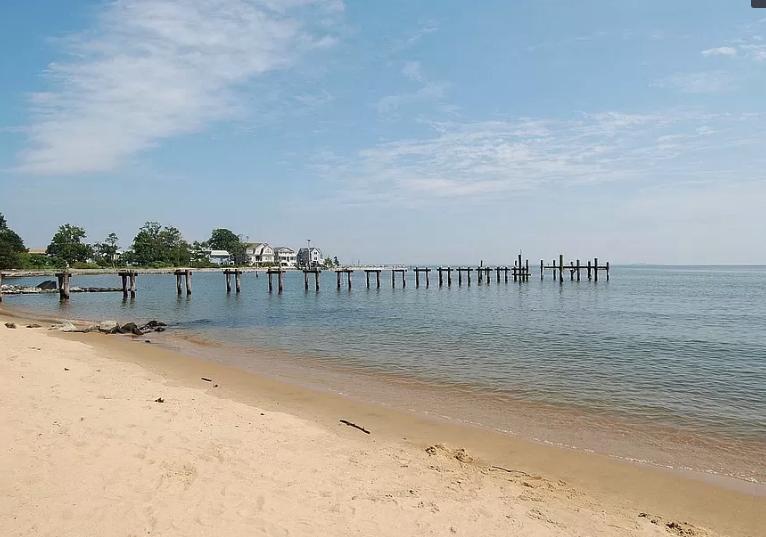 Beach near Annapolis, Maryland